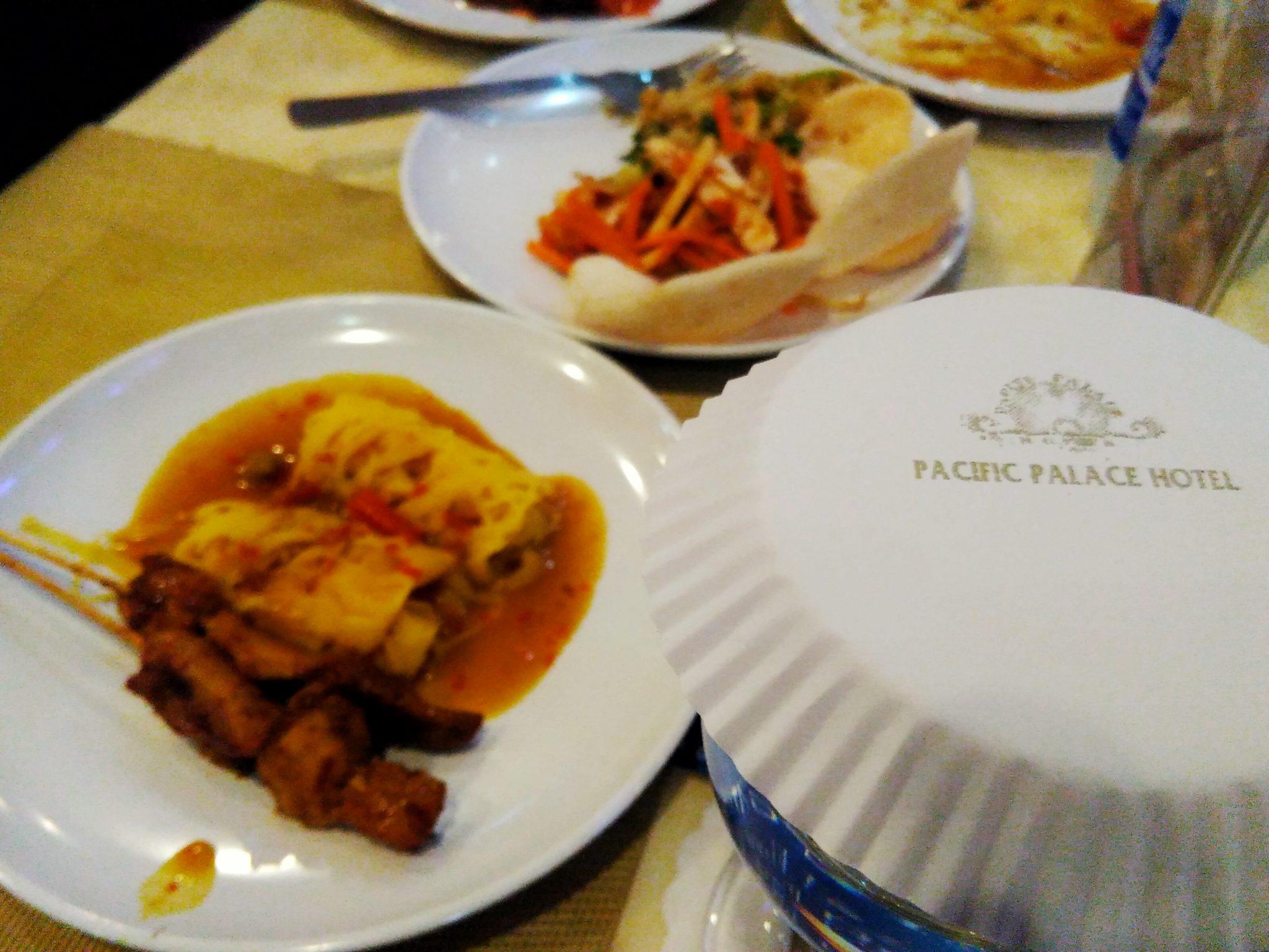 Asinan Jakarta dan Roti Jala