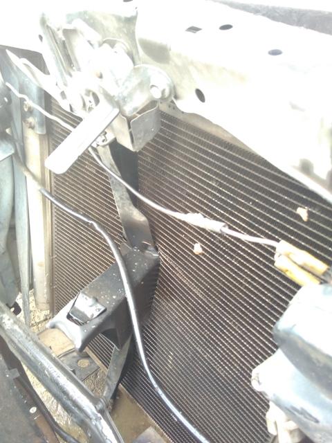 Kondensor dan Radiator Pecah