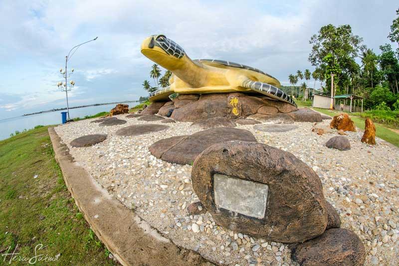 Patung Penyu Sebong Pereh by Heru Sukma