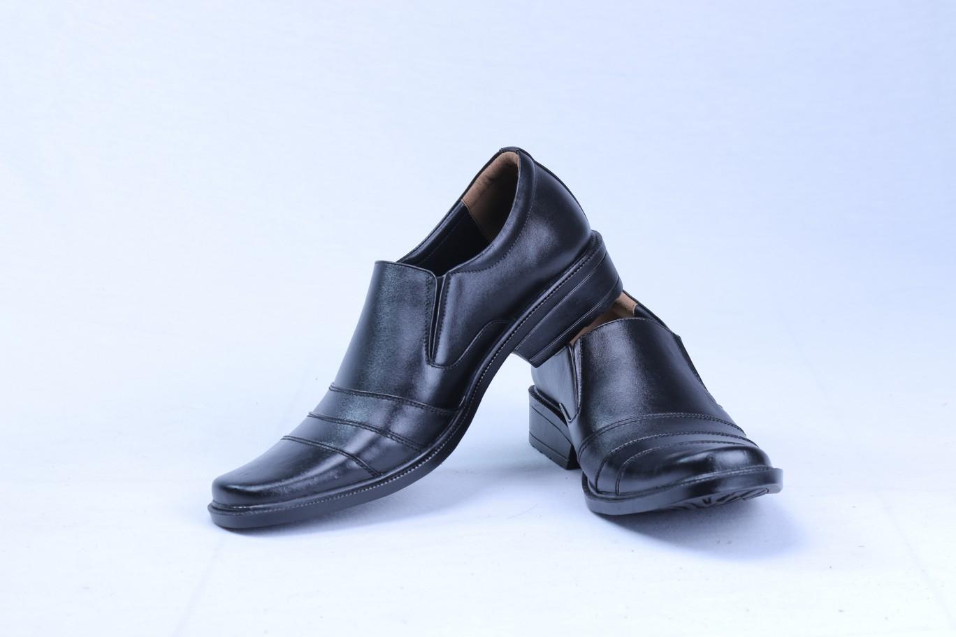 Sepatu Pantofel Pria untuk Penampilan Lebih Gaya