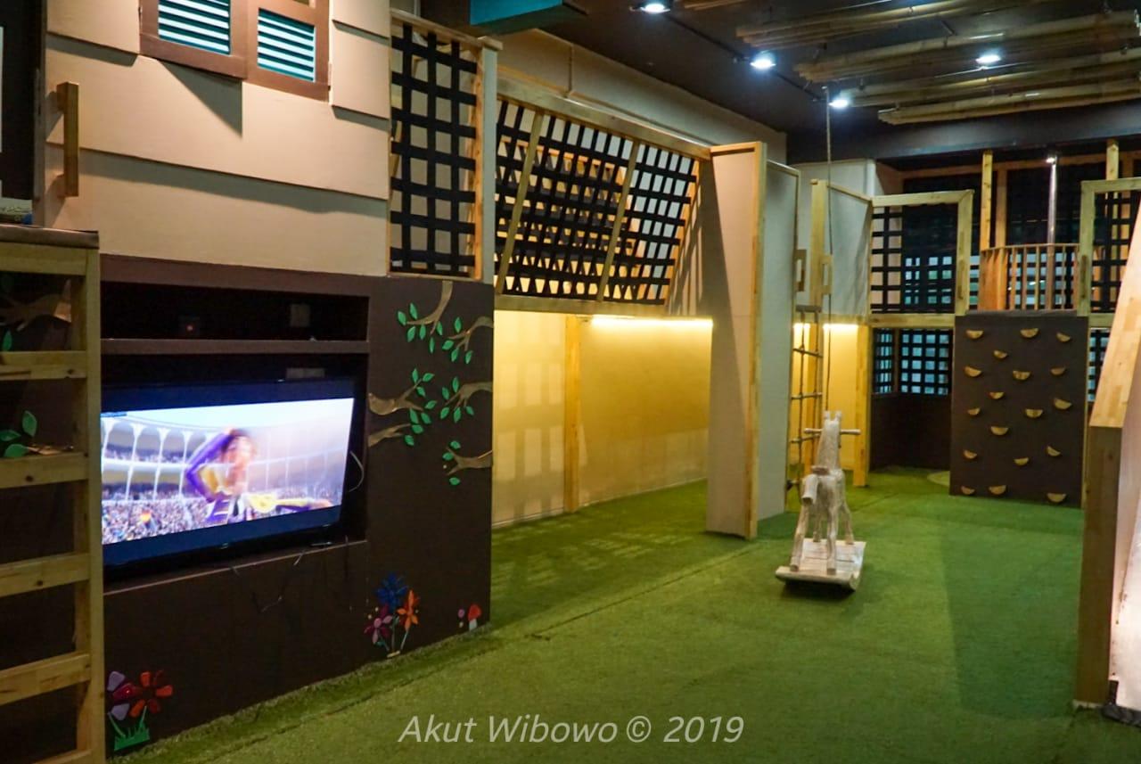 Ruang bermain di Spa Central Nagoya
